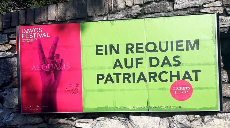 Davos Festival Plakat (Christian Berzins / Aargauer Zeitung)