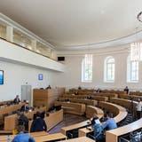 Seit dem Ausbruch der Pandemie wurden im Grossratssaal in Aarau einige Corona-Medienkonferenzen durchgeführt – aber keine Parlamentssitzungen. (Severin Bigler / AGR)