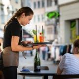 Zuerst einen Drink, dann Wein: So funktioniert das Konzept der neuen Magnum Wine Bar im Spisermarkt. (Bild: Tobias Garcia)
