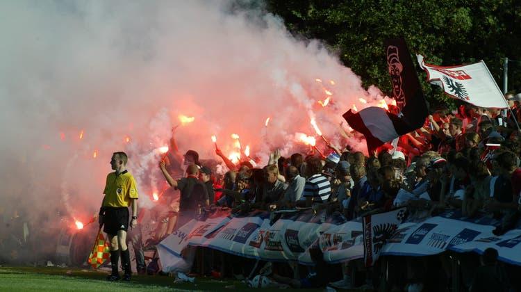 Die Aarauer Fans verwandelten das Inseli in einen Hexenkessel. (Hansruedi Aeschbacher / Oltner Tagblatt)