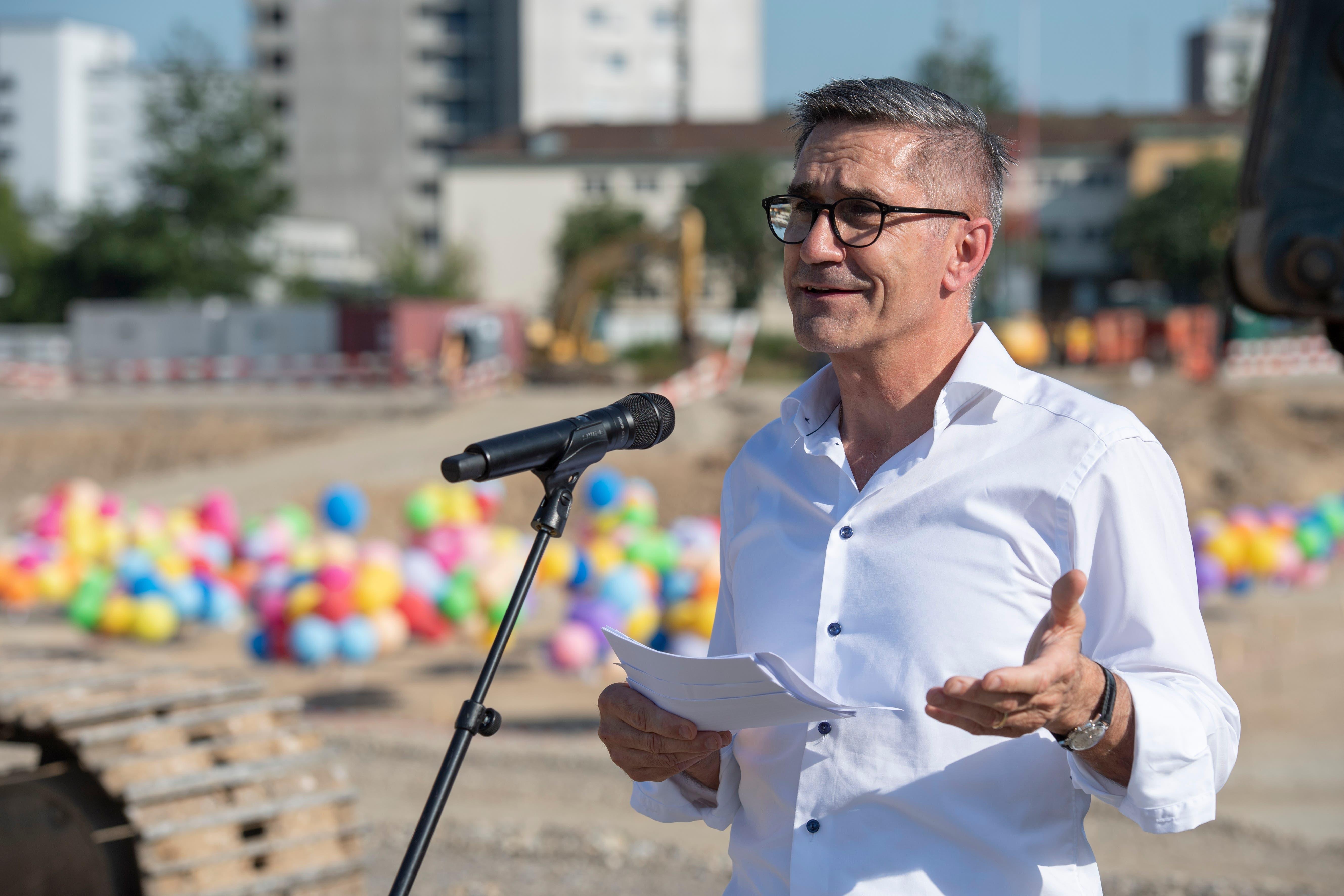 Sergio Baumann, CEO und Leiter Departement Betrieb des KSA: «Die Begeisterung über den heutigen Spatenstich und den damit beginnenden Neubau ist riesengross.»
