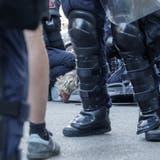 Die Polizei war an der Demonstration mit einem Grossaufgebot im Einsatz. (Jorimphotos)