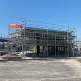 Ursprünglich sollte der neue Bushof am Bahnhof Wohlen Anfang September eröffnet werden. (Marc Ribolla)