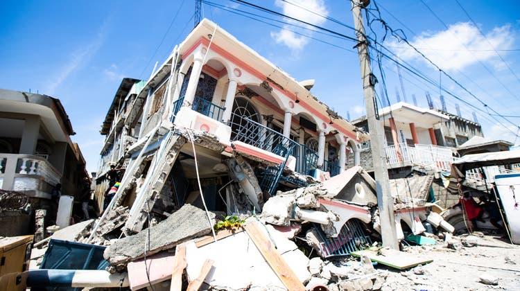 Zusammengestürzte Häuser in Haiti. (EPA)