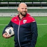 FC-Kappelerhof-Präsident Prend Markaj im Stadion Esp in Baden-Dättwil, wo die erste Mannschaft die Heimspiele austrägt. (Sandra Ardizzone)