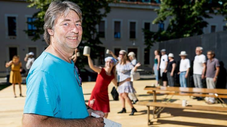 Porträt von Danny Wehrmüller, Theater-Rattenfänger-Leiter bei der Probe auf der Bühne im Freidorf. (Bild: Kenneth Nars)