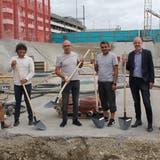 Gemeinderat Thomas Baumann lobte die hohe Qualität des Bauprojekts. Das Wachstum von Suhr könne man nicht drosseln, aber in für die Gemeinde gute Wege leiten. (Daniel Vizentini)