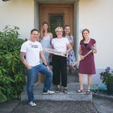 Mitglieder des Vereins «(H)AUSZEIT» in Sursee (von links): Urs Fürling, Sévérine Bächtold, Beatrice Baumeler, Petra Tüscher und Miranda Brügger. (Bild: PD)