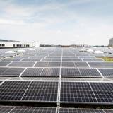 Ein gutes Beispiel, aber zu wenig: Die Schweiz hinkt im Vergleich mit dem Ausland beim Ausbau der erneuerbaren Energien hinterher. (Bild: Andrea Stalder)