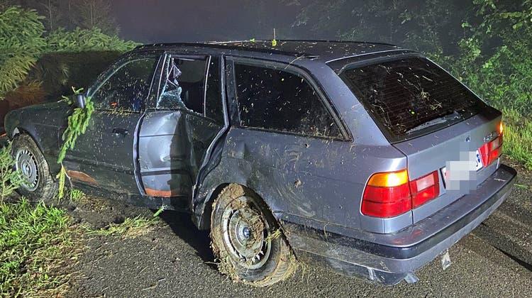 Der ältere BMW erlitt Totalschaden. (Kapo AG)
