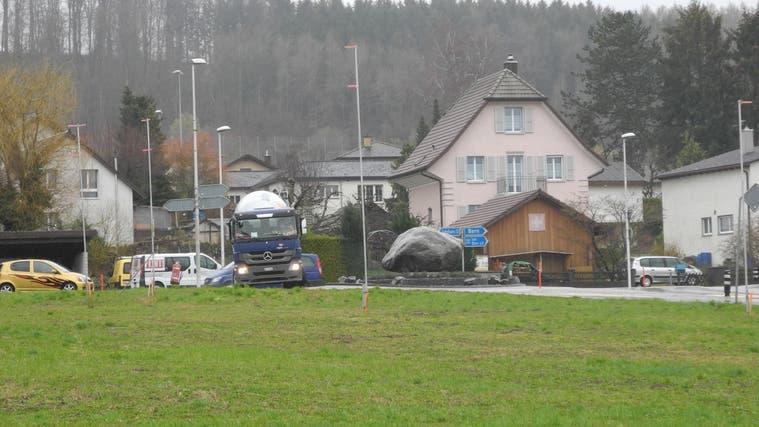 Gelände beim Kreisel Arch, wo die Tankstelle geplant war. (Andreas Toggweiler)