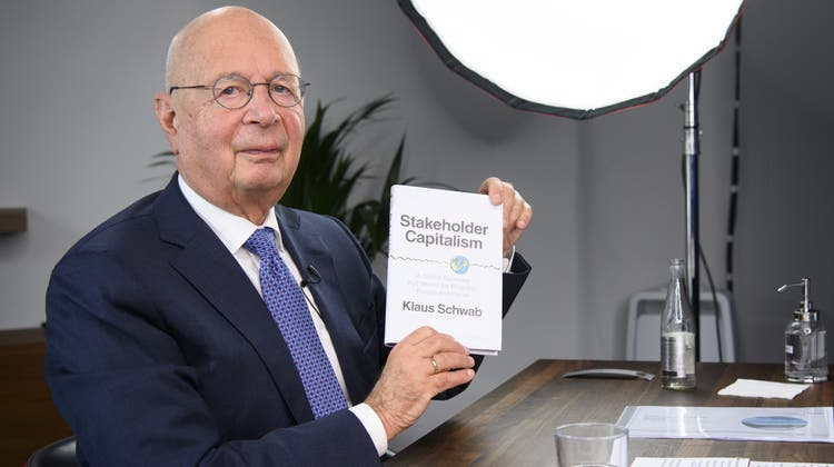 Ehrenbürger von Davos: WEF-Gründer Klaus Schwab, hier bei einer Buchpräsentation. (Bild: Laurent Gillieron / Keystone)