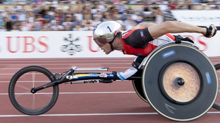 Marcel Hug wird die Spitzensport-RS nicht mehr absolvieren. Aber immerhin können es andere paralympischen Athletinnen und Athleten bald tun. (Keystone)