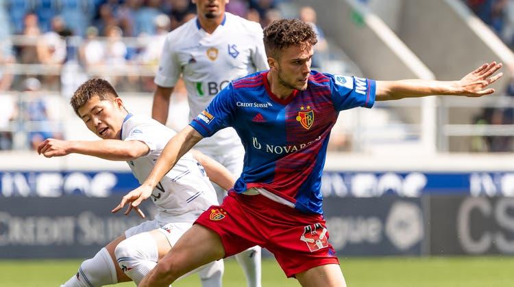 Während seine Kollegen einen Durchhänger haben, nutzt Sergio Lopez seine 89 Minuten auf dem Feld. (Pascal Muller/Freshfocus / freshfocus)
