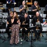 Konzert der Ambassador Big Band Solothurn mit Sängerin Katharina Stathisim Parktheater Grenchen. (Hanspeter Bärtschi)
