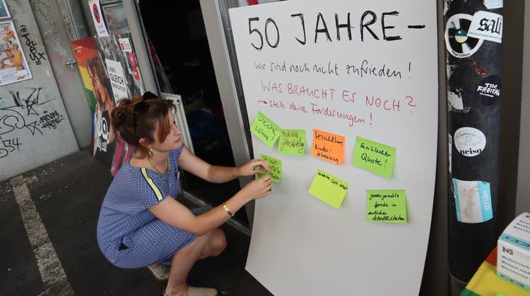 Die SP Aargau feiert im Kiff Aargau 50 Jahre Frauenstimmrecht (Peter Weingartner / Aargauer Zeitung)