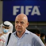 Fifa-Präsident Gianni Infantino ist erfreut über den Zustupf für die Stiftung. (Keystone)