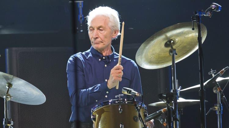 Der Drummer während eines Konzerts 2017. (Bild: Michel Euler / Keystone (22. Oktober 20217))
