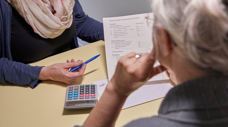Sozialhilfebeziehenden geht es häufig gesundheitlich schlechter als anderen Bevölkerungsgruppen. (Symbolbild) (Keystone)