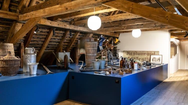 Im Dachstock des Klosterflügels ist neu eine Ausstellung mit historischen Objekten aus der Geschichte der Pflegeanstalt ab 1894. (Valentin Hehli)