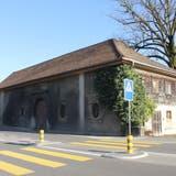 Bei der Fröhlich-Scheune an der Zurzacherstrasse bleibt eine kommunale Unterschutzstellung möglich. (Claudia Meier (20. Februar 2021))