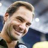 Neben dem Platz läuft es für Roger Federer rund. (Justin Lane / EPA)