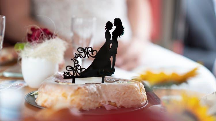 Am 26. September stimmt die Schweiz über die «Ehe für Alle» ab. (Keystone)
