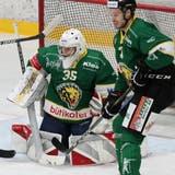Goalie Luis Janett zeigte gegen das oberklassige Rapperswil-Jona eine gute Leistung. Sowieso überzeugte der HC Thurgau mit seinem Defensivspiel. (Mario Gaccioli)