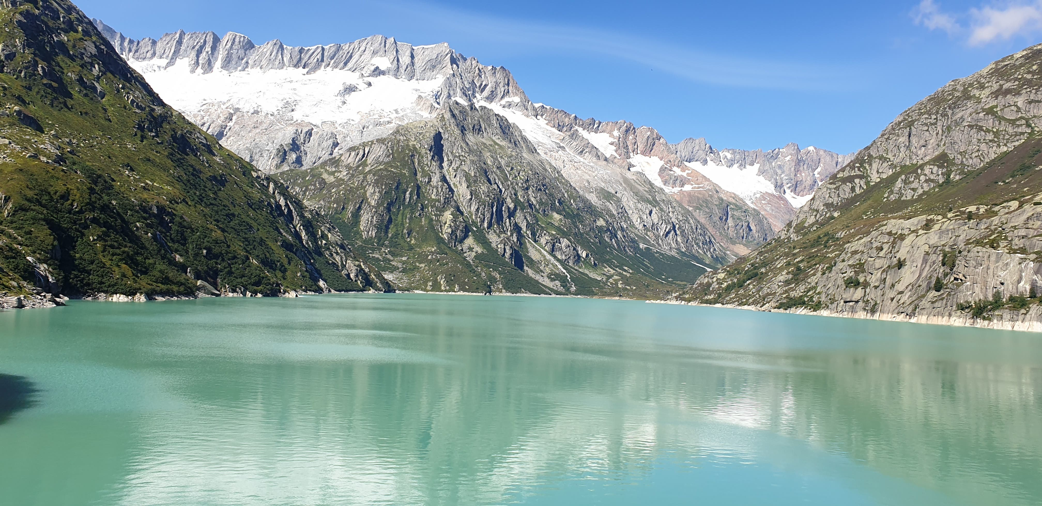 Vom Staudamm aus herrlicher Blick Richtung Dammagletscher