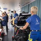 In den frühen Abendstunden und an den Wochenenden häufen sich die Fälle: Notfallaufnahme des Kantonsspitals St.Gallen. (Bild: Ralph Ribi)