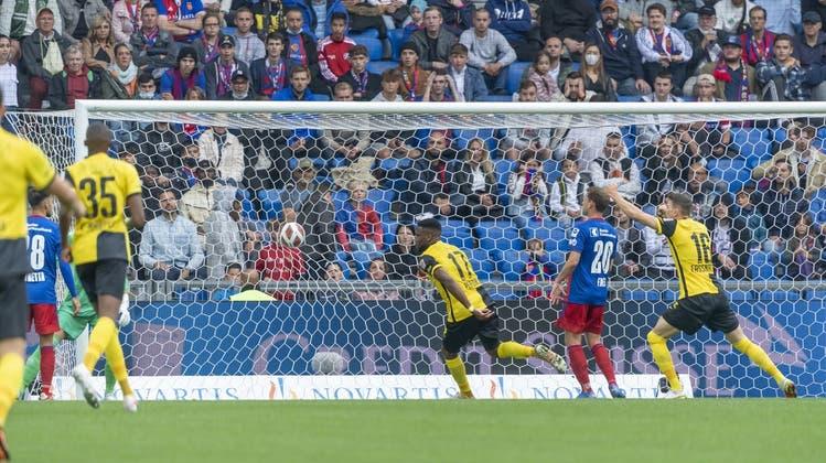 Der FCB und YB spielen vor 30'000 Zuschauern in einem sehr intensiven Spiel 1:1-Unentschieden