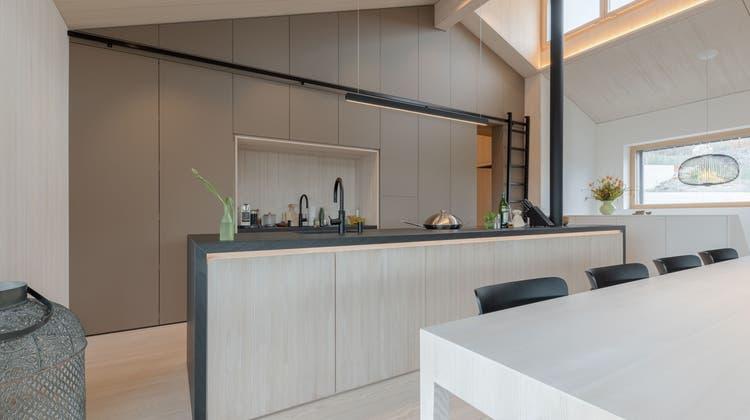 Das Projekt «Weisse Tanne» vonPeterhans, Schibli & Co. aus Fislisbach:Für den Umbau wurde nur Schweizer Holz verwendet. (Bild: zvg)