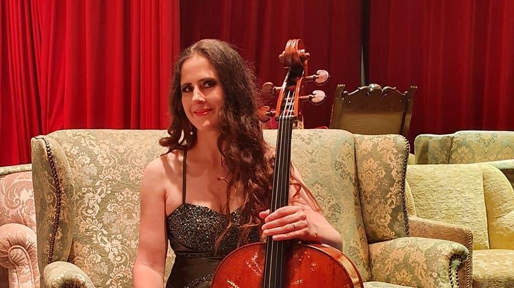 Daniela Roos-Hunziker ist Cellistin und leitet die feine Konzertreihe «Sonaare». (Bild: Zvg)