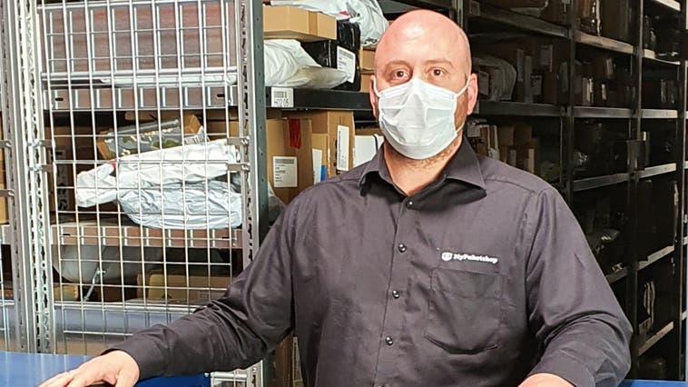Simon Kühn, Inhaber «My Paketshop» in Bad Säckingen. (Zvg / Aargauer Zeitung)