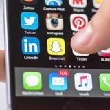 Instagram und Snapchat haben mittlerweile Facebook bei der Gunst der jungen Nutzerinnen und Nutzer überholt. (Keystone)