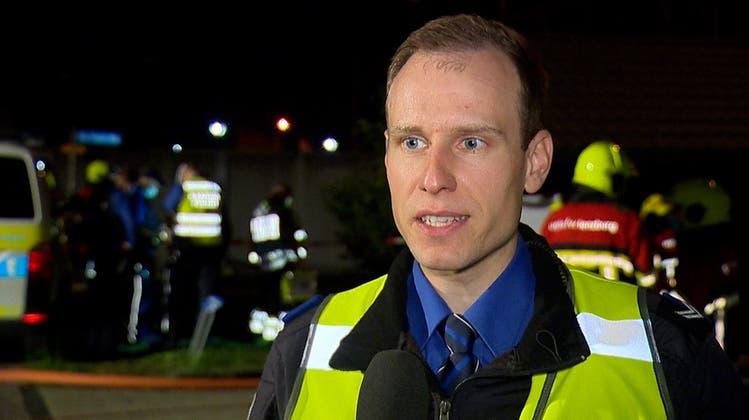 Polizei bestätigt: Brand in Lenzburg fordert einen Schwerverletzten