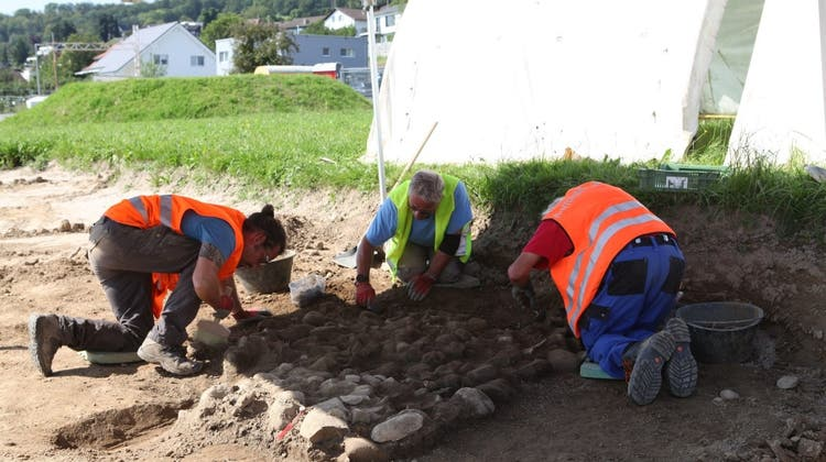 14 Freiwillige halfen bei den Ausgrabungen. (zvg)