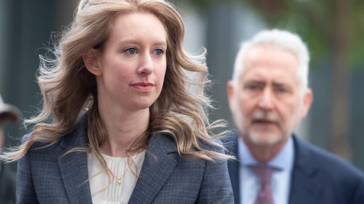 Die ehemalige Theranos-Chefin Elizabeth Holmes im November 2019, während eines Gerichtstermin in San Jose (Kalifornien). (NurPhoto)