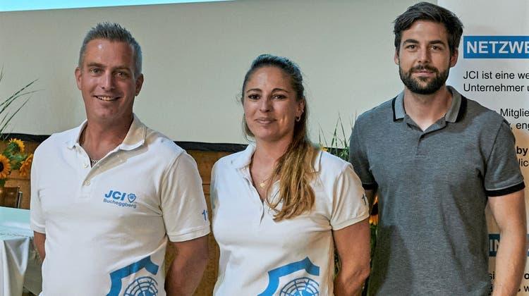Junge Wirtschaftskammer Bucheggberg lanciert den Buechibärger Ungernähmerpris, von links: Pascal Leuenberger, Olivia Lanz und Roger Schmid. (Zvg)