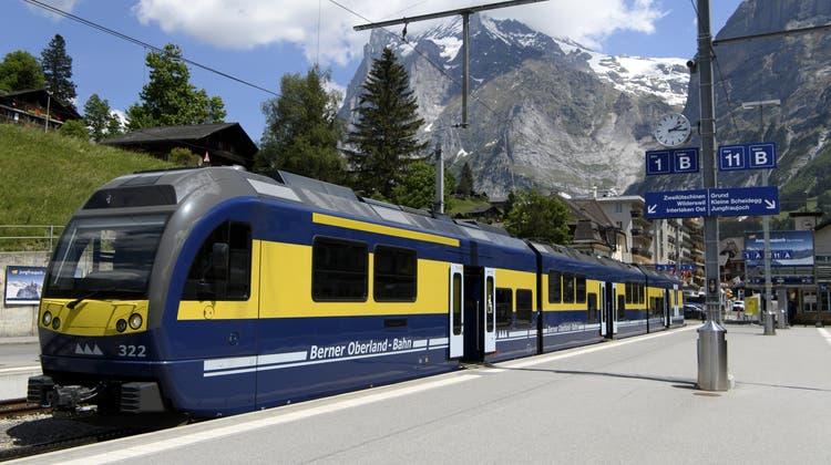 Die Durststrecke hält an: Die Jungfraubahnen – im Bild der Bahnhof Grindelwald – leiden weiterhin unter fehlenden Touristen. (Keystone)
