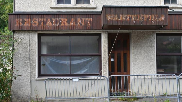 Hat seine besten Zeiten hinter sich: das ehemalige Restaurant Wartenfels. (Bruno Kissling)
