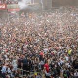 Dichtgedrängt verfolgen die Massen ein Konzert am bisher letzten Open Air Frauenfeld im Juli 2019. (Bild: Andrea Stalder)