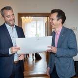 Finanzchef Pascal Büchler und Stadtpräsident Dominik Diezi präsentieren das Budget der Stadt Arbon. (Ralph Ribi)