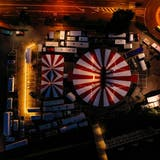 Luftbild des letztjährigen Besuchs des Zirkus Stey auf dem Oberen Mätteli. (Bild: PD/Marcel Hutzli)