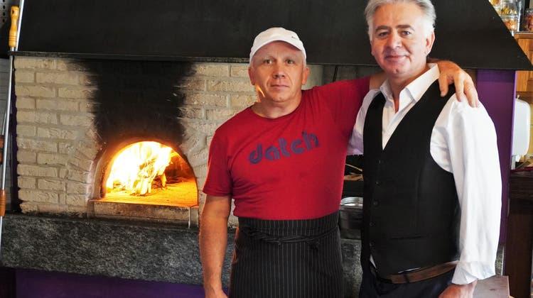 Behzad Ashraf eröffnet die Pizzeria Albergo (Natasha Hähni / Aargauer Zeitung)