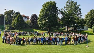 Die Primarschule Langendorf startet in das neue Schuljahr mit dem Jahresthema: «zäme spiele»