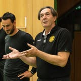 Trainer Zoltan Cordas(rechts) bleibt St.Otmar weitere zwei Jahre erhalten. (Nik Roth)