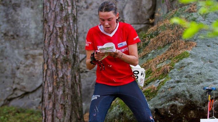 Die Seedorfer OL-Läuferin Deborah Stadler in Arosa im Einsatz. (Bild: PD)