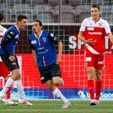 Im letzten Aufeinandertreffen der beiden Mannschaften siegte der FC Aarau mit 3:1 in der Thuner Stockhorn Arena. (Freshfocus)
