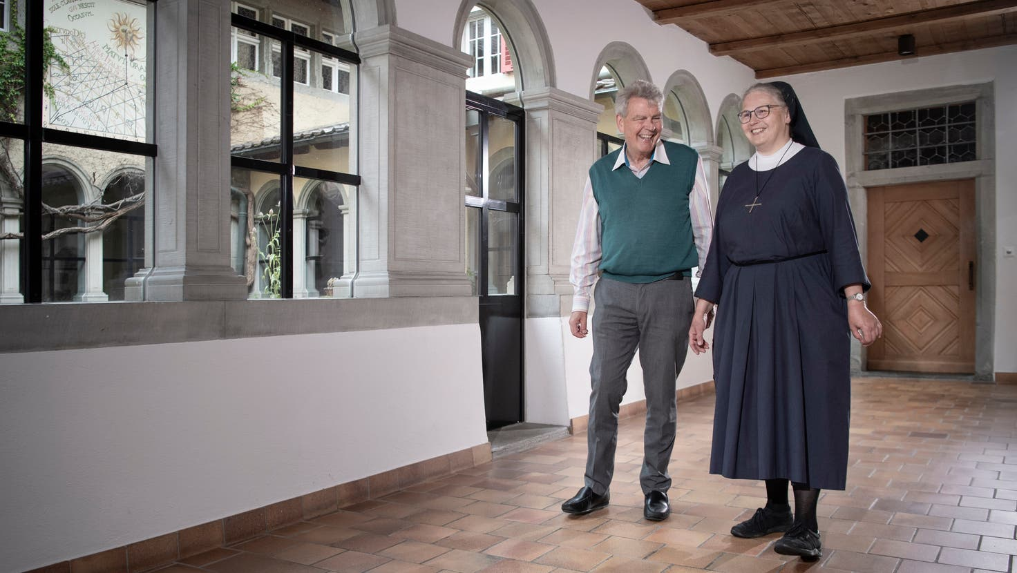 Bruder Willi (Kloster Wesemlin) und Schwester Rahel (Kloster Baldegg) im Stadtluzerner Kapuzinerkloster. (Bild: Pius Amrein  (Luzern, 4. August 2021))